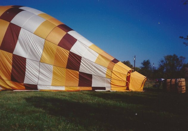 Picture of filling a hot air baloon